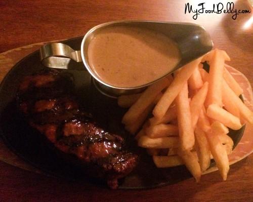 250g Porterhouse ($29) with side chips and creamy mushroom sauce ($4.50)