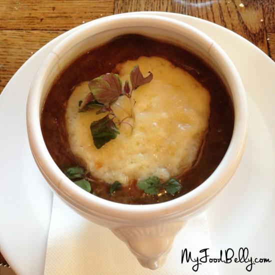 Soupe à l'oignon gratinée with gruyere ($15)